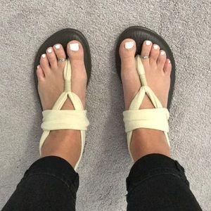 Beige yoga sling flipflops